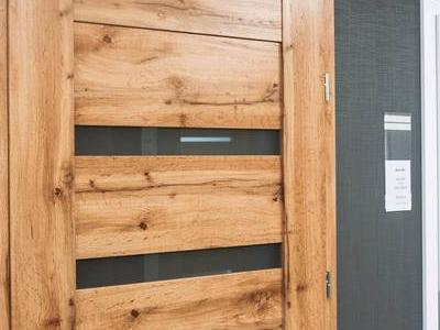 Drzwi 32